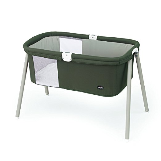 Chicco travel bassinet, for traveling with babies