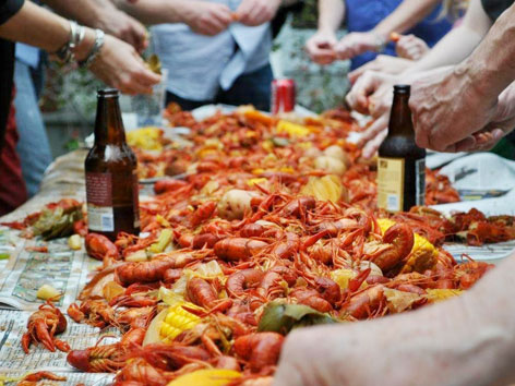 Backyard crawfish boil in Louisiana